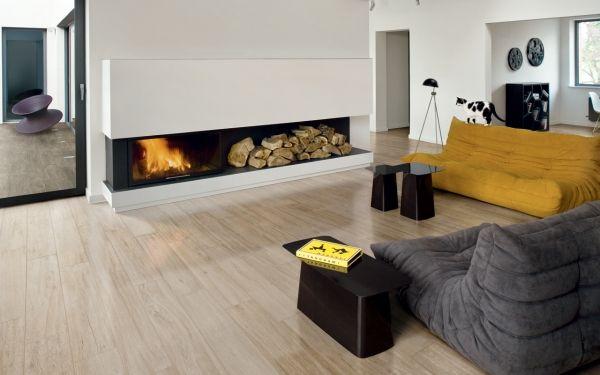 Bodenfliesen in Holzoptik wohnzimmer iris kamin minimalistisch ...