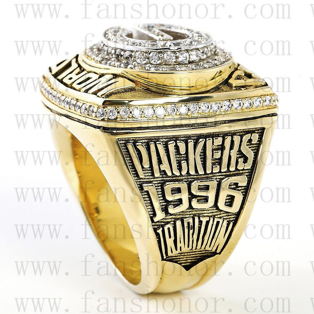 Green Bay Packers 1997 Nfl Super Bowl Championship Ring For Sale Click Bio To Buy Packers Greenbaypa Go Packers Championship Rings Packers Football