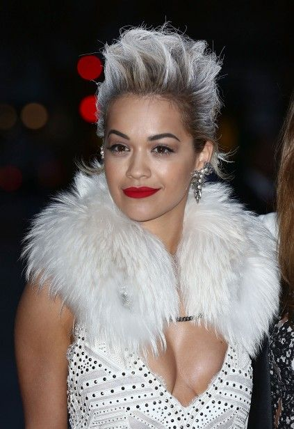 A cantora Rita Ora (2014)