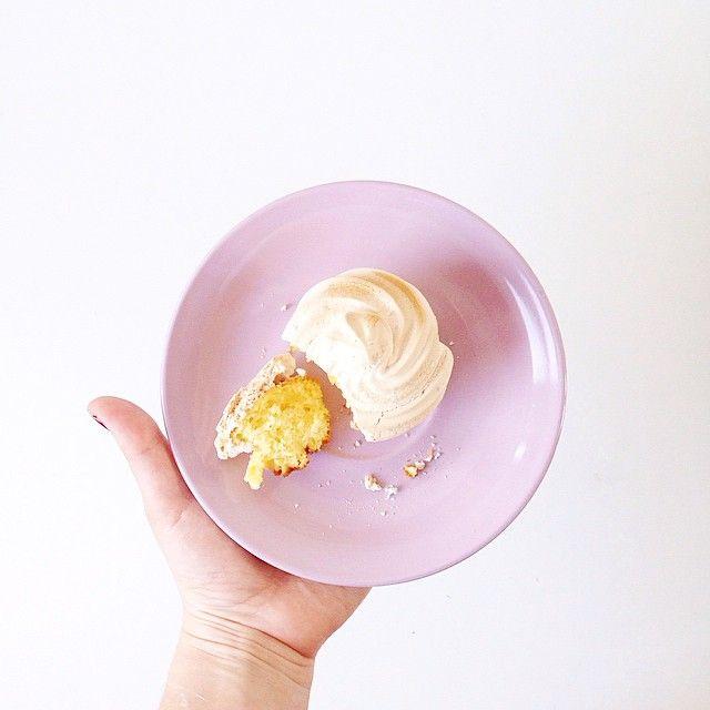 Tournicoti Tournicota de la meringue citronnée  (qui demande un peu plus de pratique ) #cupcake #lemon #cupcakelemon