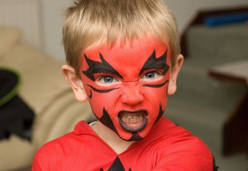 25 Artistic Halloween Face Painting Ideas For Kids Face Painting Halloween Kids Face Paint Halloween Face