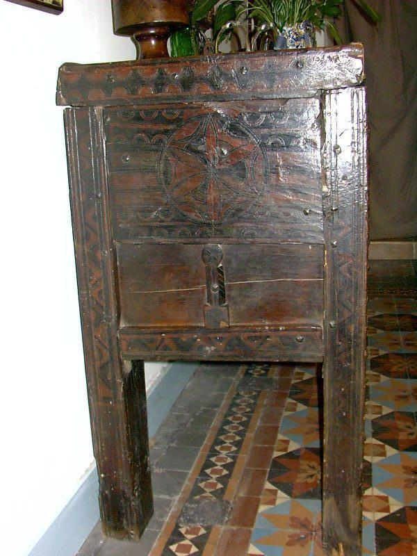 Grand Coffre Kabyle Ancien Xix Eme Antique Furniture Antiques North Africa