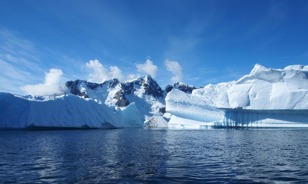 50 scientists launch groundbreaking mission to circumnavigate Antarctica