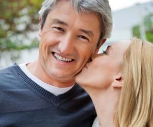 online dating sites free women looking for men