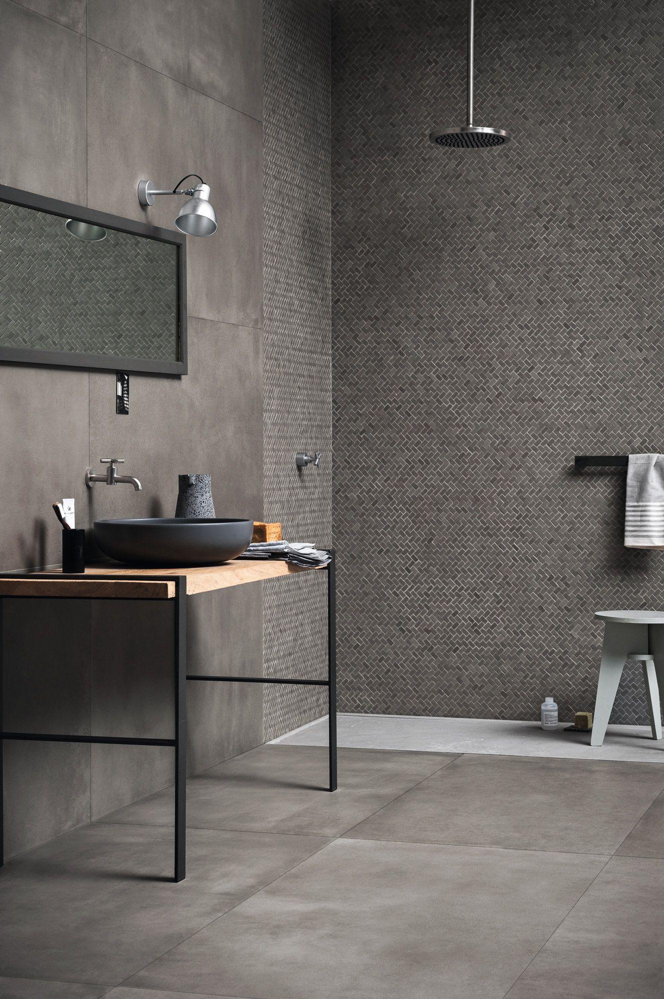 wand und bodenbelag aus ganzk rper feinsteinzeug mit beton effekt powder by marazzi design. Black Bedroom Furniture Sets. Home Design Ideas