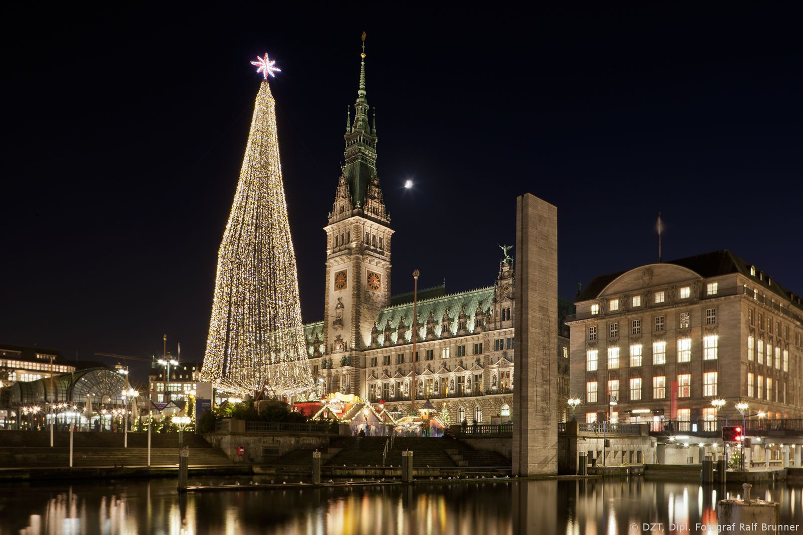 Christmas holiday charm in Hamburg. #joingermantradition Enter the #InspiredBy Pinterest Contest for your chance to win a trip to Germany!