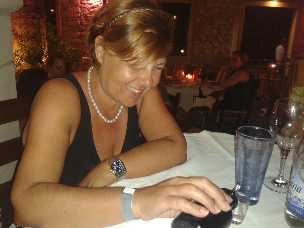 #Smiling faces! #AlanaRestaurant #Rethymno  Photo credits: LuigiBalestriere