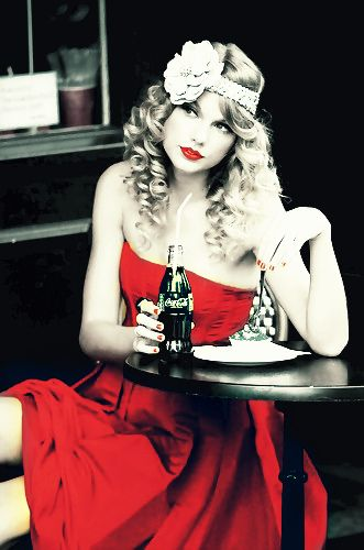 Beautiful, vintage photo.  Gorgeous girl,  gorgeous dress. <3 For all my contacts.    Heii  this is  Shake It Of Cover  with the totally different Version of Taylor Swift version