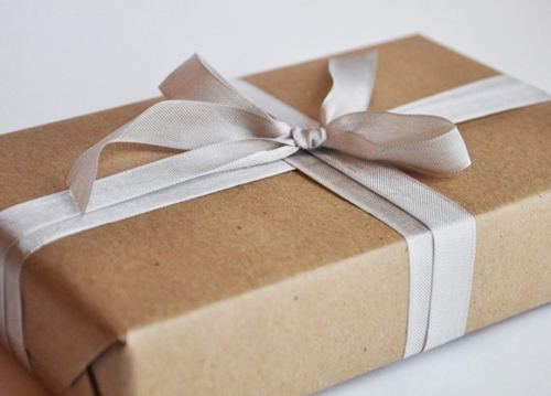 Wrap presents as simple and sophisticated as this.