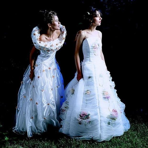 Crazy Ugly Wedding Dresses: The Weird & Wacky World Of Wedding Dresses (25 Pics)