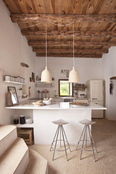 Tour This Earthy Eclectic Villa in Ibiza   Arredamento casa ...