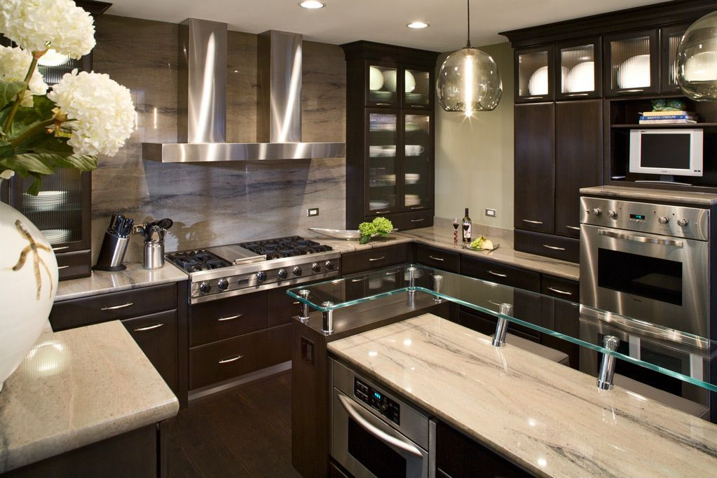 Mid Western Kitchen Remodeling Done By Tina Muller And Gail Ann Drury For Design Bath Studio Modern Hand N Gl Pendants Niche