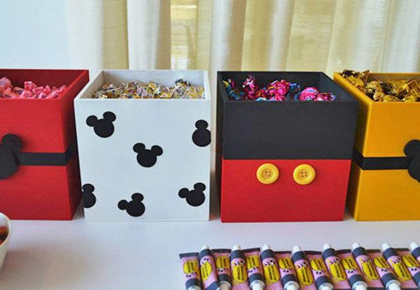 Fazer uma festa infantil com tema do Mickey é algo que nunca irão errar. Confira opções e dicas para a decoração do tema festa infantil Mickey Mouse!
