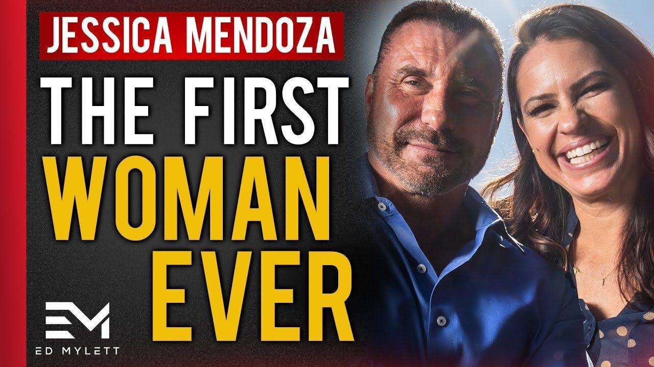 Jessica Mendoza 4 Time All American Athlete Professional Softball Player Olympic Gold Medalist 1st Female Commentat American Athletes Espn Jessica Mendoza