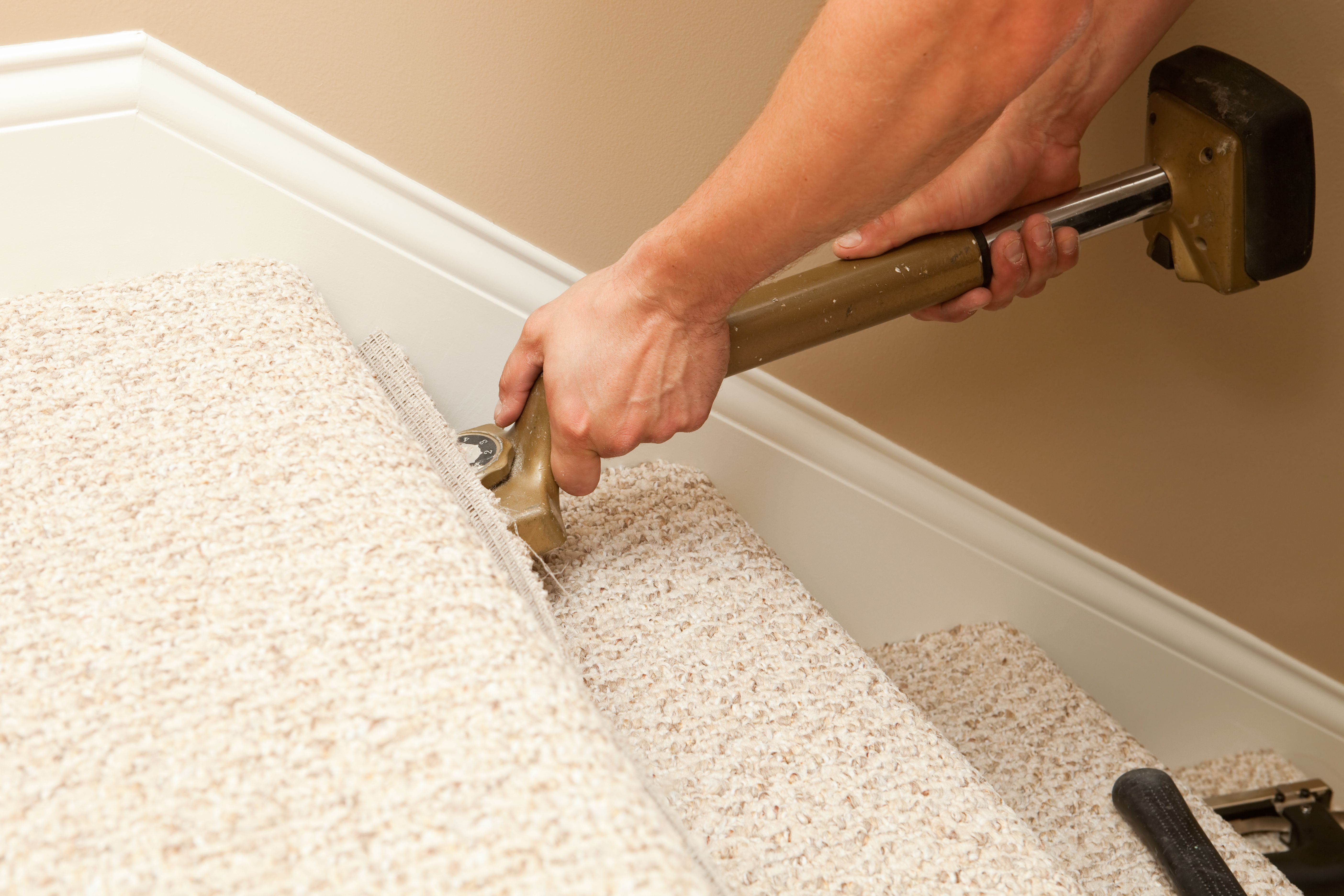 Learn How To Install Carpet On Stairs Installing Carpet On