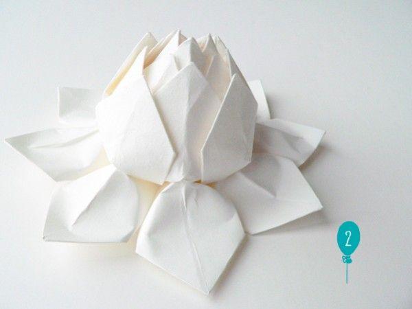 Liens ch ris les fleurs origami kirigami and giant paper flowers - Origami fleur de lotus ...