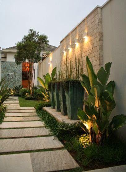 47 Best Farmhouse Side Yard Decor and Design Idea - #sideyards