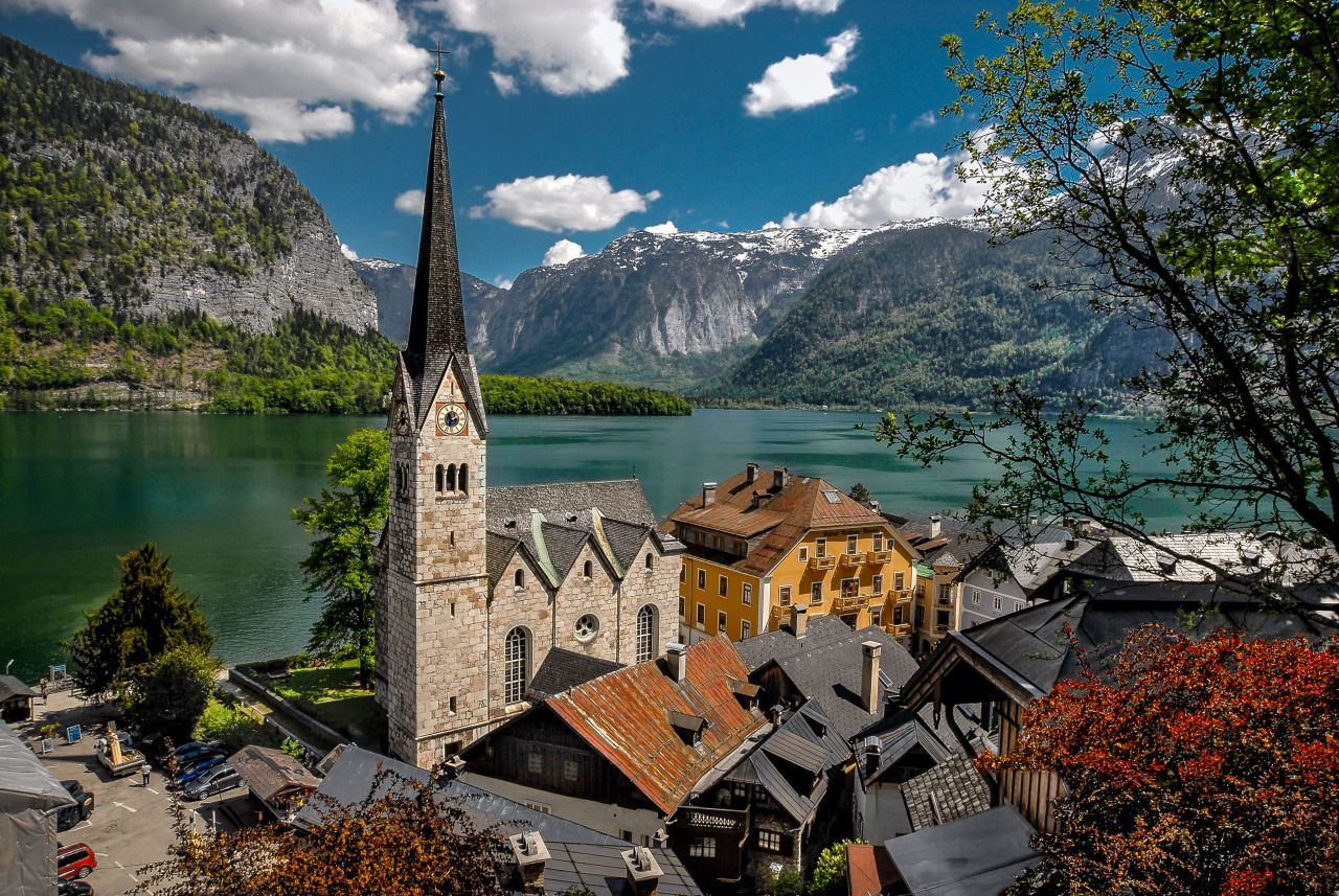 #Hallstatt #Austria #Österreich #Europe #Europa #Buildings #View #Old #Historic #Church #Water #Waterscape #Lake #Village #Photography #Travel #Travelling #Traveling #Tourism #Vacation #Holiday #Urlaub #Reisen