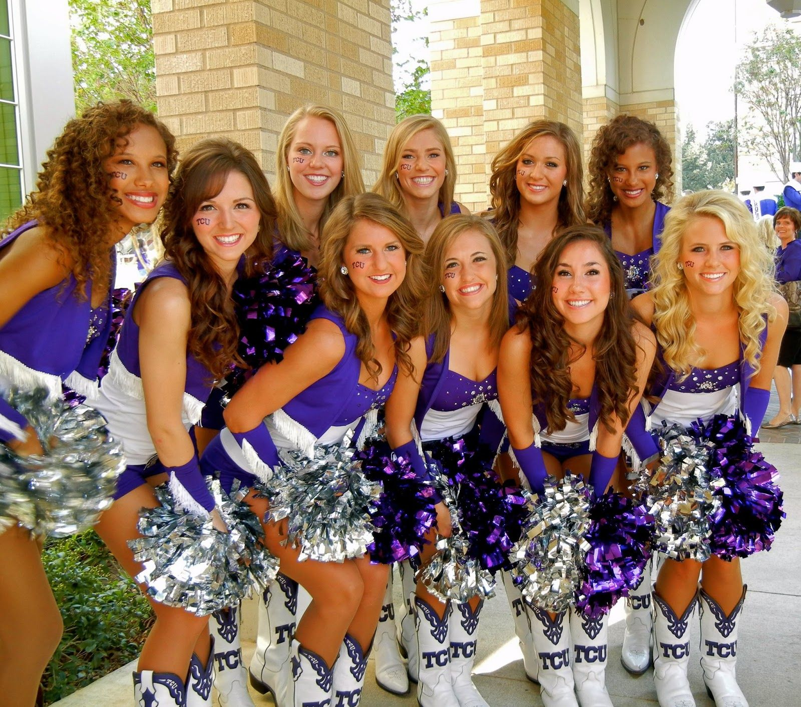 Tcu Cheerleaders Pictures College Cheerleader Heaven Tcu Survived Their First Year In The Big