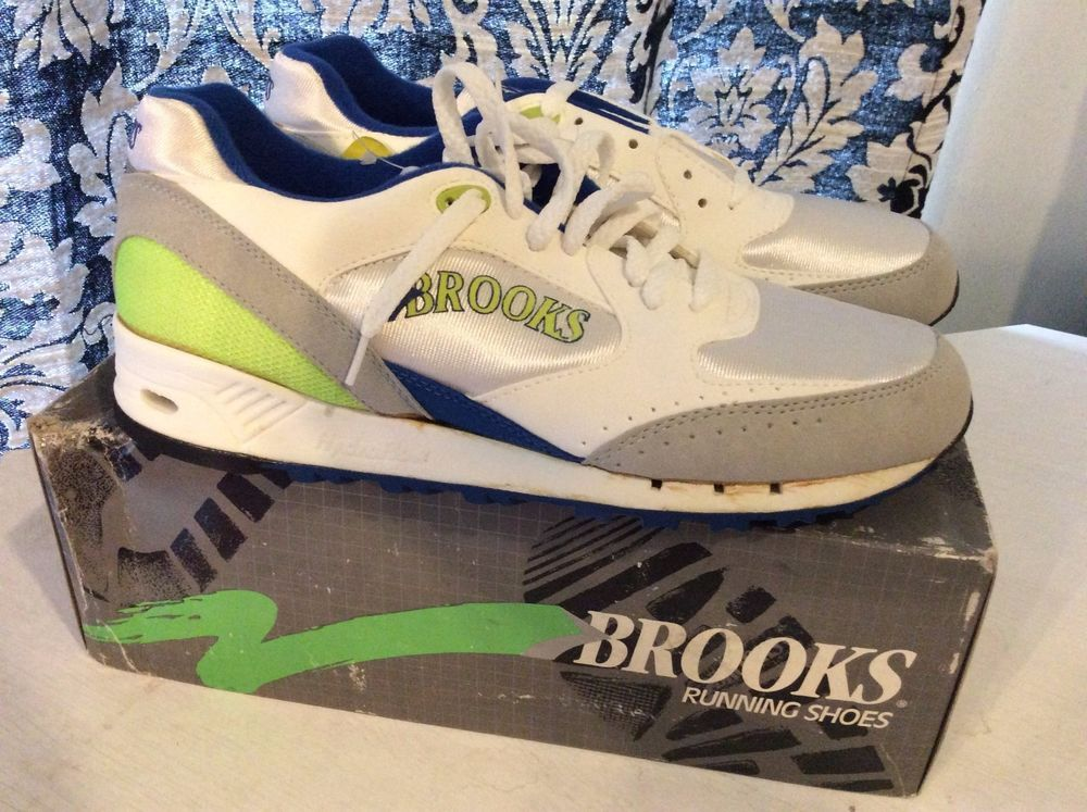 Women's Vintage Deadstock Brooks Running