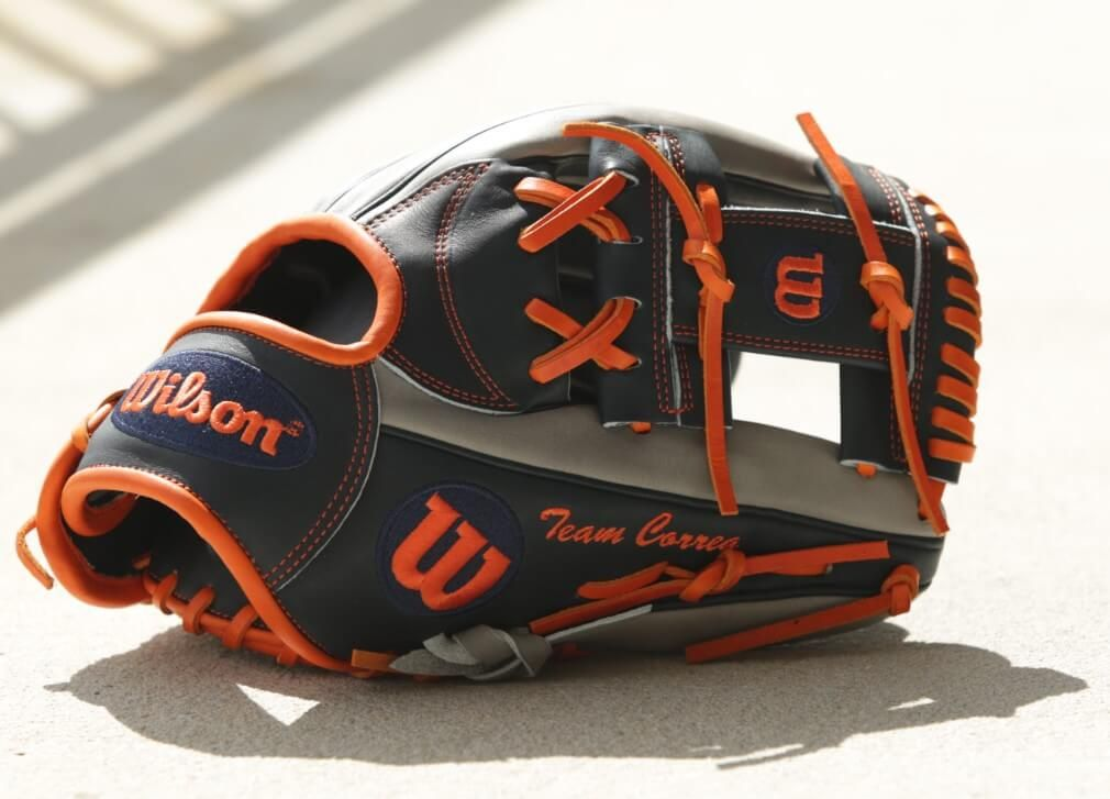 b903cc9ad811 Glove Story: Carlos Correa (Behind-the-Scenes at Wilson Glove Day ...