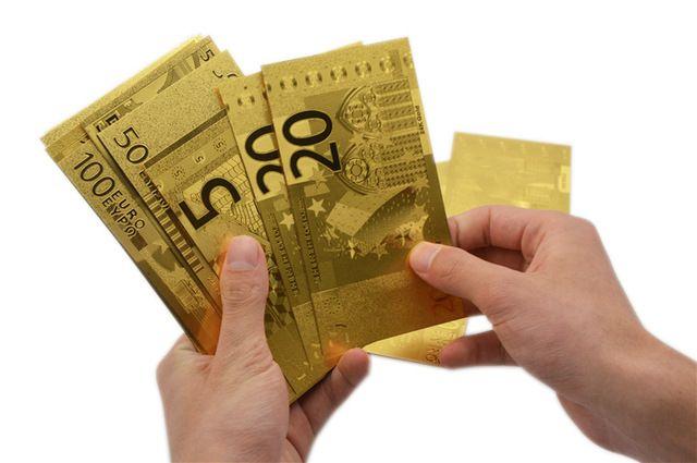Bancnota de leuro placata cu aur de 24k Cand e bine sa oferi bani cadou