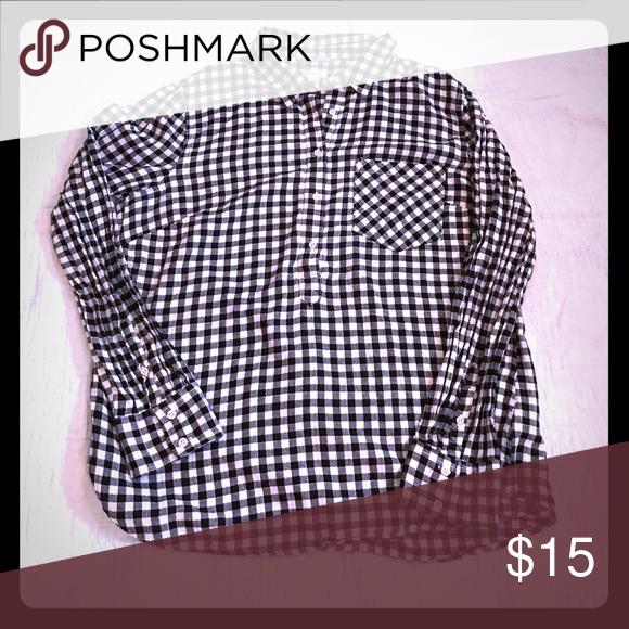 Black /white shirt Black/white checked shirt Merona Tops Button Down Shirts
