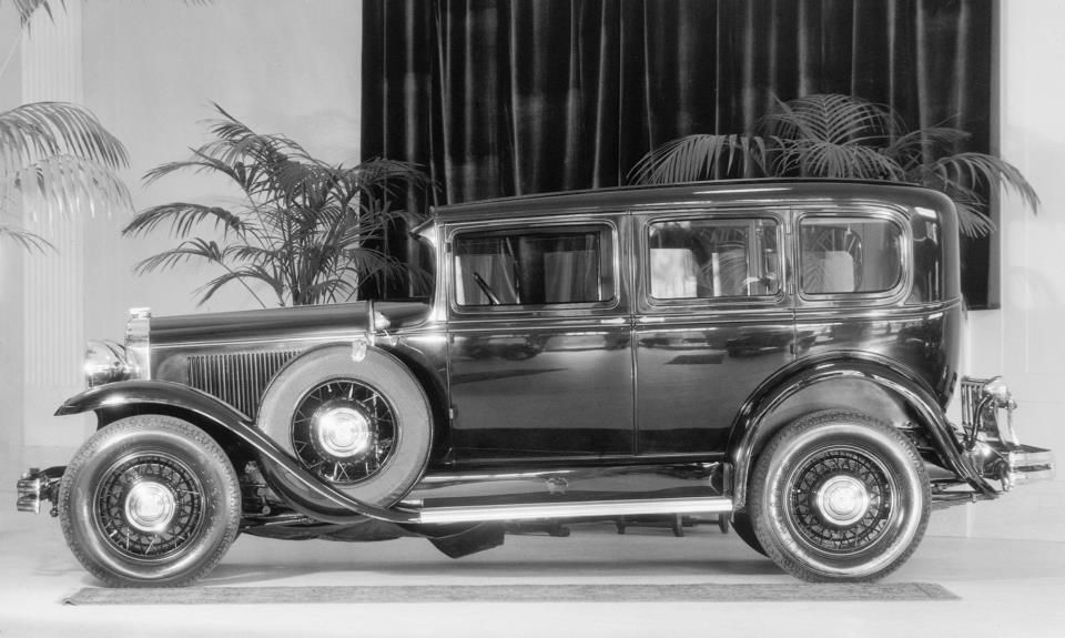 Buick introduced its first straight-eight engine in 1931. | Buick ...