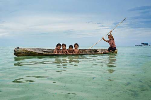 b2ap3_thumbnail_Bajau-nomadi-mare-borneo-indonesia-foto-Rehahn-Hoian-02.jpg