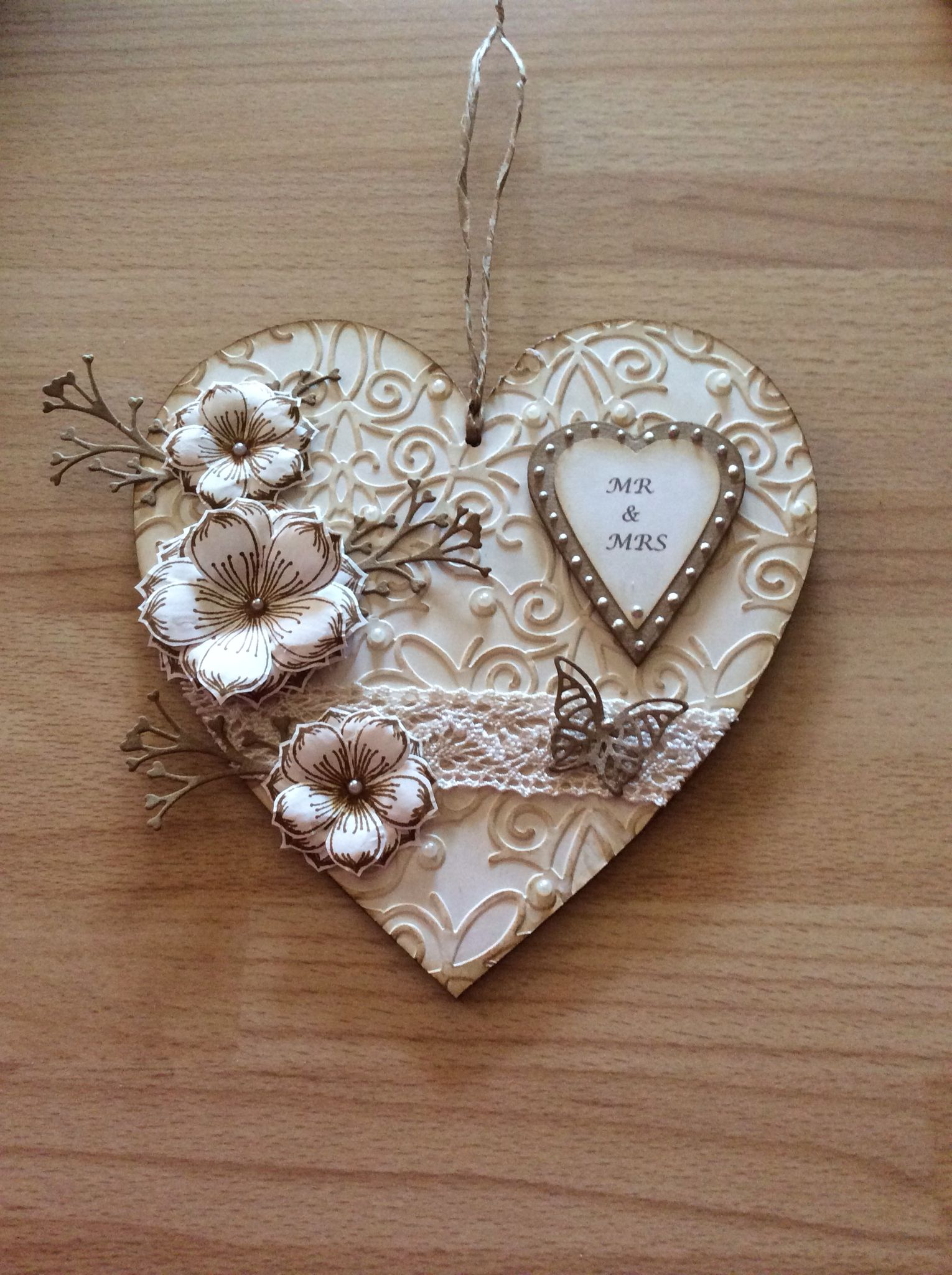 Mdf Heart Done Using Dreamees Stamps Heart Crafts Wooden Hearts Crafts Crafts