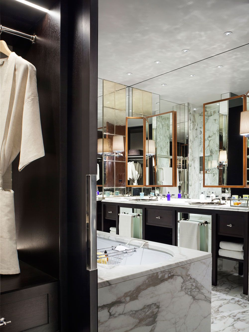 Rosewood London  Luxury Hotel In London United Kingdom  The Inspiration Luxury Hotel Bathroom Review