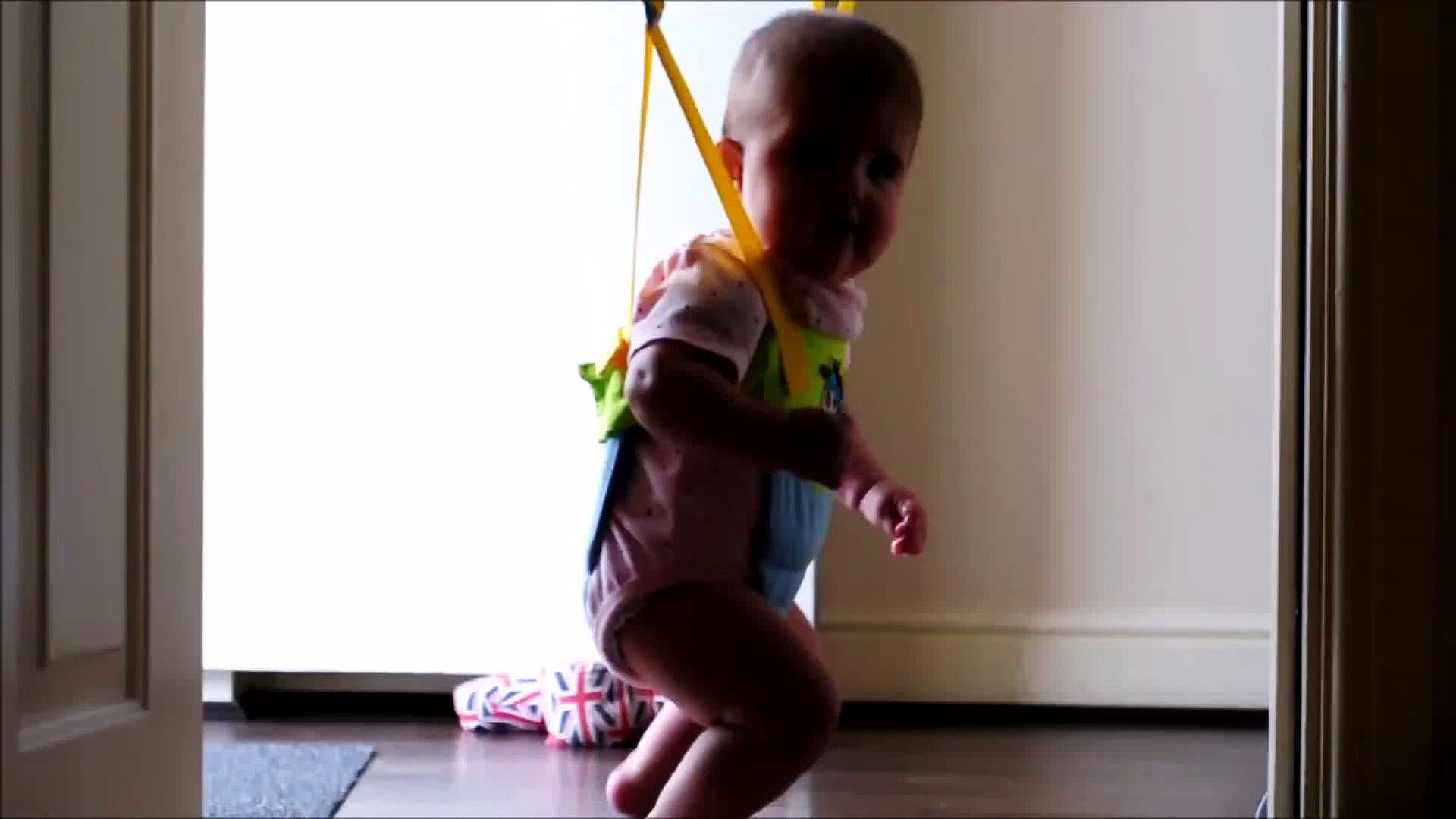 Babyzimmer mia ~ Funny baby mia shows her dance moves https: i2.wp.com