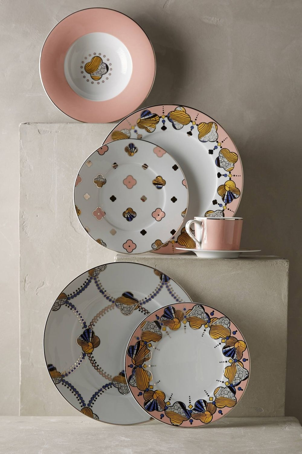 20 Ways to Create a French Country Kitchen & 20 Ways to Create a French Country Kitchen | Dinnerware French ...