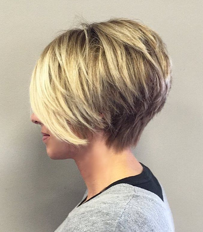 Short Stacked Haircut For Fine Hair Hair Styles Pinterest