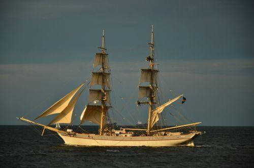 Operacja Żagle Gdyni/Operation Gdynia Sails
