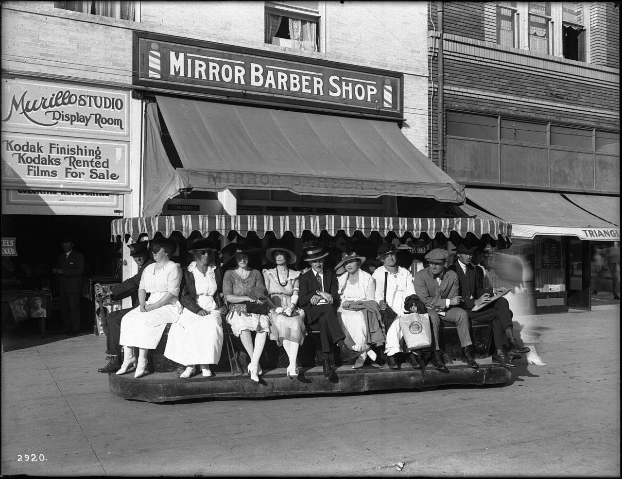 MODERN TRANSIT Venice electric sidewalk car, ca.1920