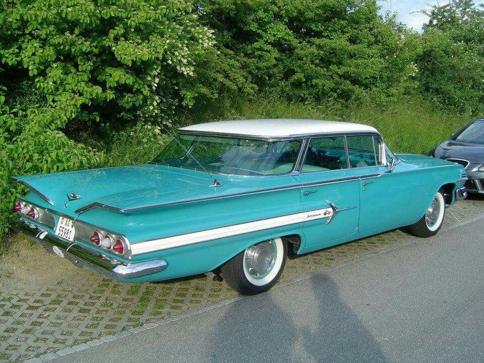 1960 Chevrolet Impala Sport Sedan With Images Chevrolet Impala