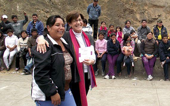 Alcaldesa de Lima participó en capacitación vecinal para identificación y gestión de riesgos en barrios