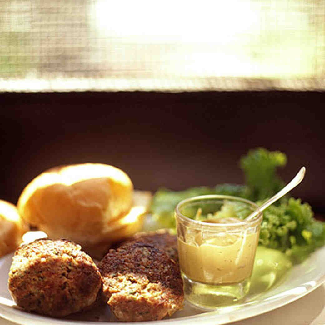 Herbed Turkey Burgers | Recipe | Herbed turkey burger ...