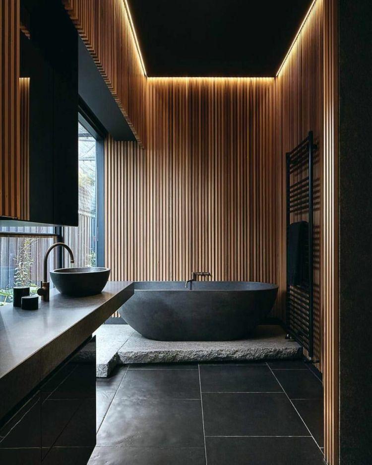 badezimmer in schwarz braun holz decke fußboden schwarz #bathroom ...