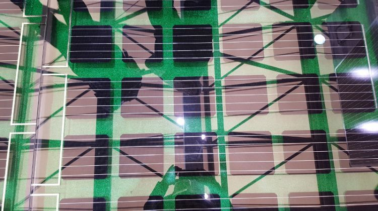 SNEC 2017: The next big solar module trend on display