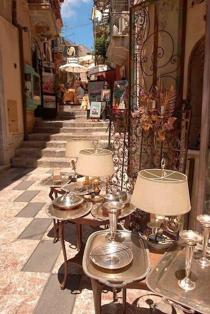 Yamadu - Google+ A walk in the streets of Taormina :-)