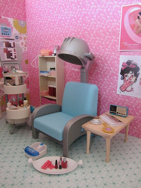 Barbie salon diorama | dollhouse | Pinterest | Miniature Barbie et Coiffeur
