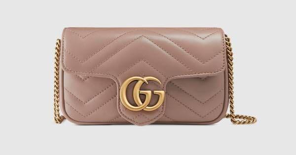 13c25dd0a120 Collection Gucci Chaussures   Sacs   GG Marmont sac en cuir matelassé super  mini