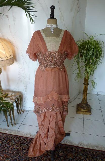 "Elegant Evening Gown, ca. 1912 Label: ""Rybicka-Meyer * Strassburg""."
