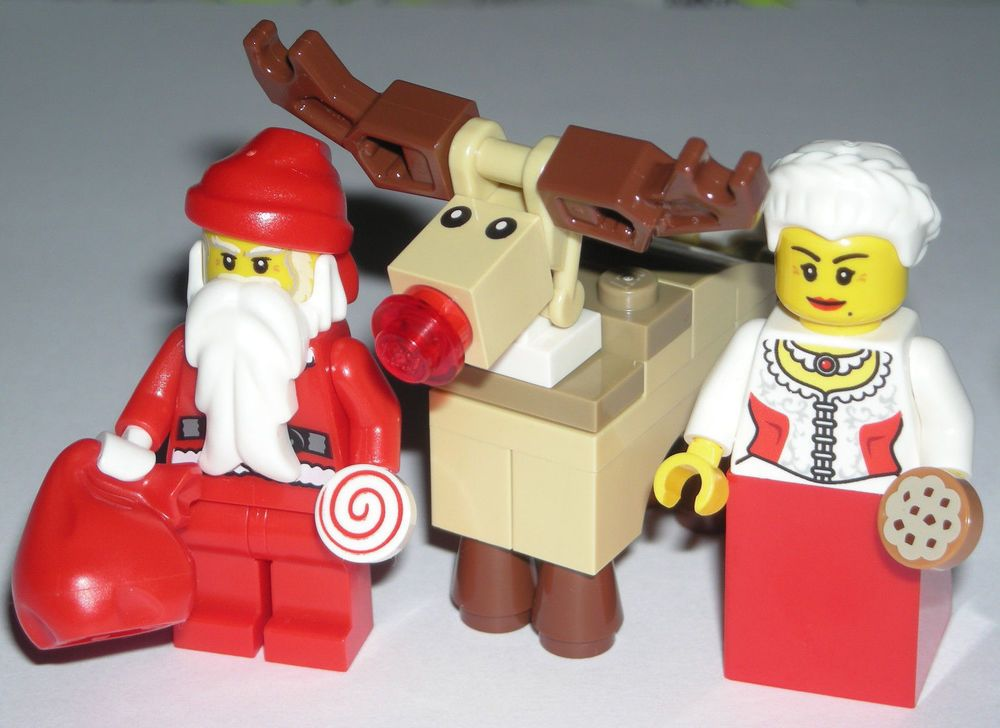 LEGO Santa Christmas Minifigure w/ Mrs. Claus and Rudolph The Red ...