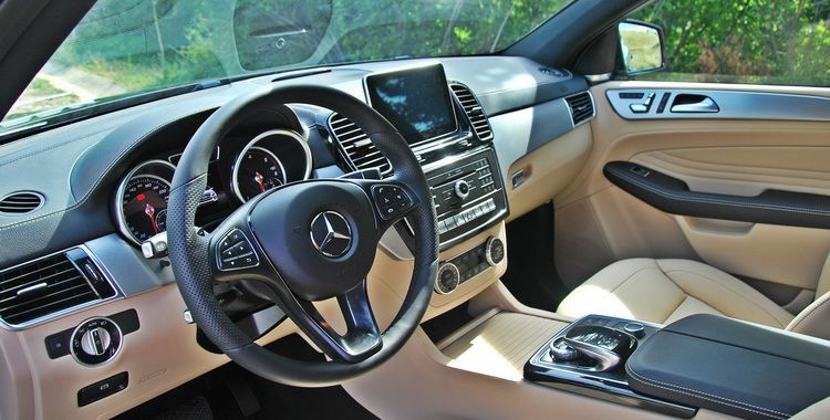 First Drive New Mercedes Benz Gle 350d Coupe Avec Images