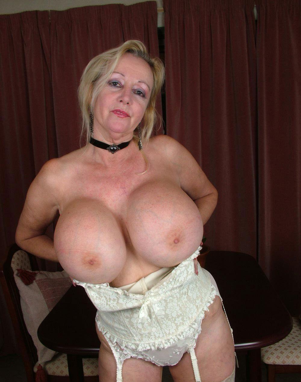 big-boobed-granny-lick-mature-woman