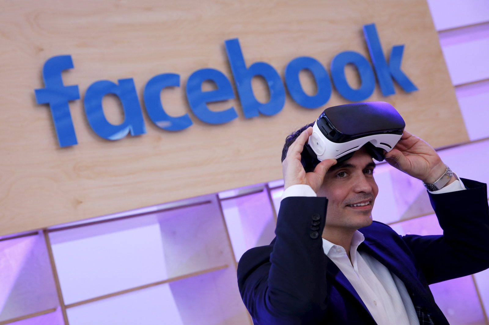 Facebook promises to stabilize shaky 360degree videos