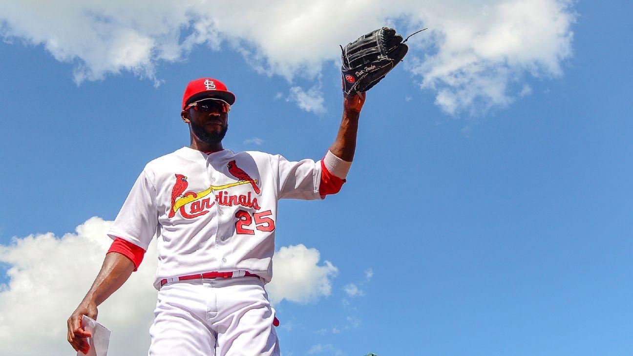 Dexter Fowler Boosting Cardinals With Style And At Last His Bat Cardinals Stl Cardinals St Louis Cardinals